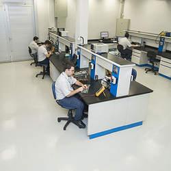 Assistência técnica em servo motores lenze